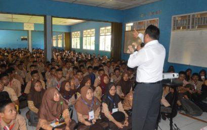 Pengenalan Lingkungan Sekolah (PLS) Bagi Siswa Baru TP 2018-2019